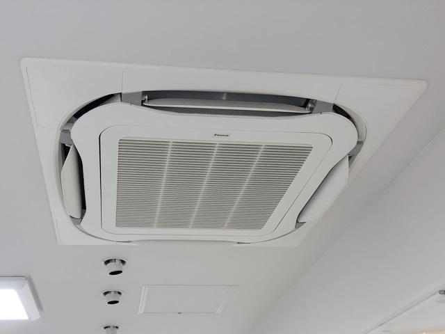 【静岡県静岡市】店舗 業務用エアコン新規設置・移設機器設置