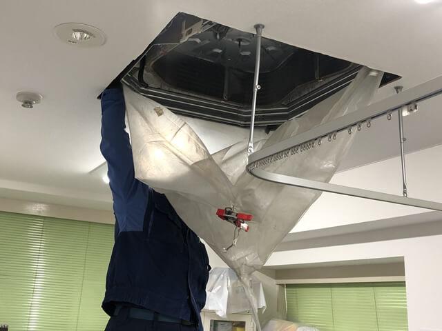 【東京都瑞穂町】病院 業務用エアコンクリーニング