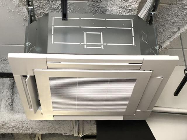 【千葉県船橋市】美容室 業務用エアコン設置工事